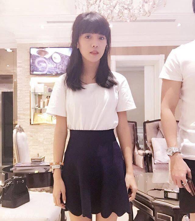 泰国女孩学生装