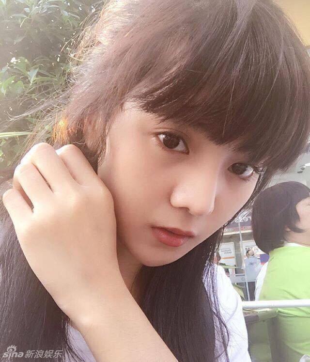 泰国女孩高挺的鼻梁