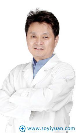 韩国BIO整形外科辛容镐 院长