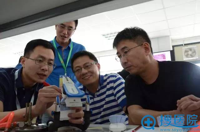上海届正颌外科精品学习班仪器展示