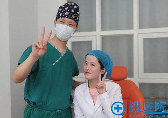 重庆时光冯辉利院长亲自注射玻尿酸