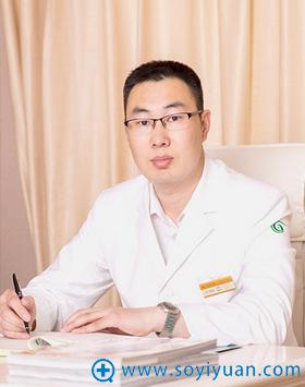 上海华美首席植发医生 王书闳主任