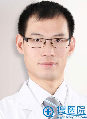 上海华美牙齿矫正美学设计医生 张晓峰主任