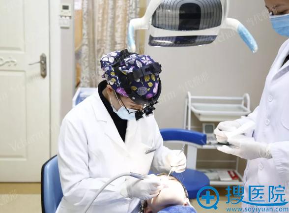 李红主任为曹医生诊断与设计