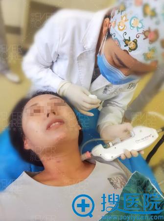 注射嗨体后需要用医用面膜补充水分