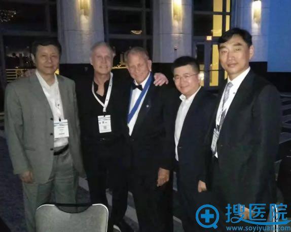 北京联合丽格杨大平教授出席2018年ISAPS会议