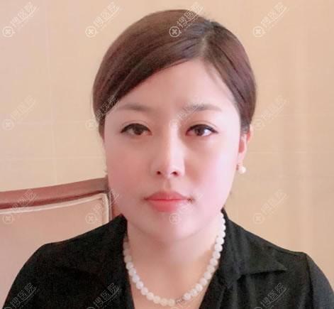 北京东方和谐双下巴吸脂案例