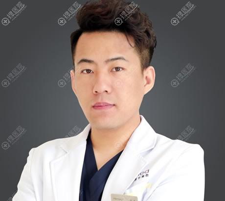 北京禾美嘉整形医院李伟民医生