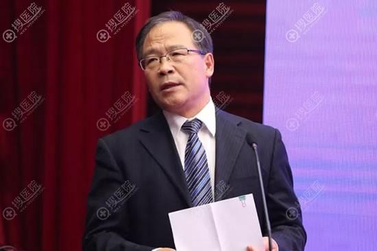 中国整形美容协会秘书长赵振民