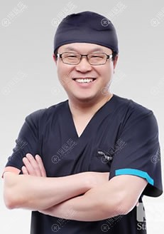 北京丰科星范整形林赫医生