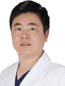 青岛博士整形医生吕春龙