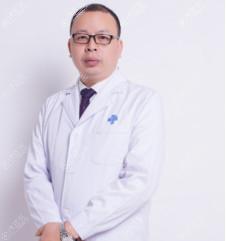 成都西区医院整形美容科邓东伟