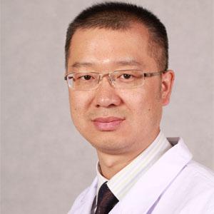 八大处口腔科医生王岩 副教授