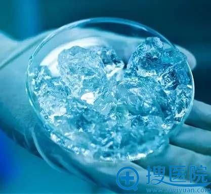 润百颜是被国家食品药品监督管理局(SFDA)批准的国产美容整形用透明质酸注射填充产品