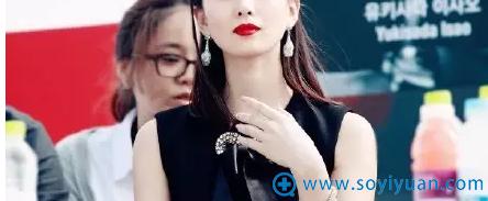 美美的红唇啊