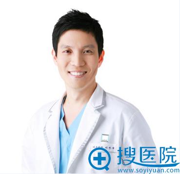 韩国麦恩整形外科医院 李圣郁代表院长
