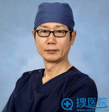 韩国清潭整形外科医院成镇模院长